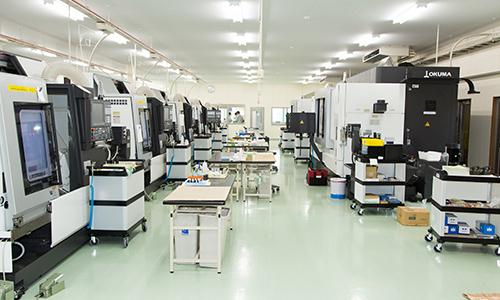 プログラムや作業工程、機械の操作など効率化を図るための決断。