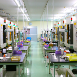 九州第一工場に、ファナックのロボドリルを19台導入しました